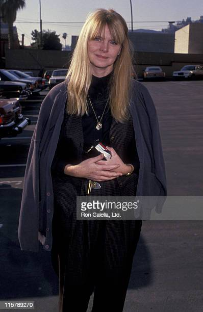Actress Melinda Dillon attends the memorial service for Hal Ashby on December 27 1988 at the Director's Guild Theater in Hollywood California