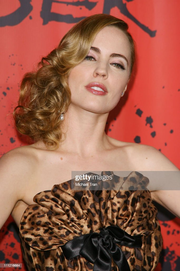 """Sony Pictures Premiere Of """"30 Days of Night"""" - Arrivals : News Photo"""