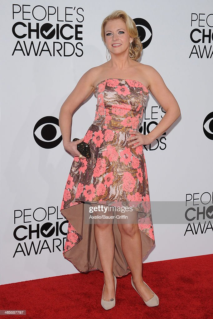 Actress Melissa Joan Hart arrives at The 40th Annual People's Choice Awards at Nokia Theatre L.A. Live on January 8, 2014 in Los Angeles, California.