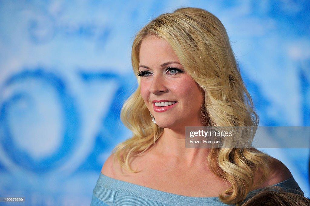 "Premiere Of Walt Disney Animation Studios' ""Frozen"" - Red Carpet : News Photo"