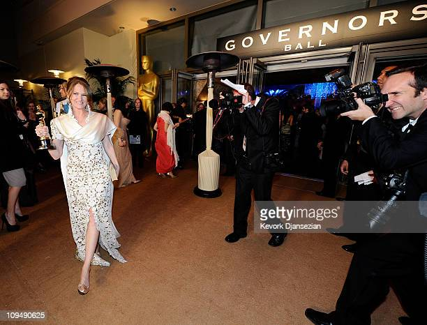 Actress Melissa Leo winner of the award for Best Actress in a Supporting Role for 'The Fighter' attends the Governors Ball on February 27 2011 in...