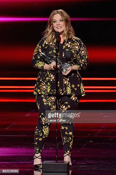Actress Melissa McCarthy accepts an award onstage during the People's Choice Awards 2017 at Microsoft Theater on January 18 2017 in Los Angeles...