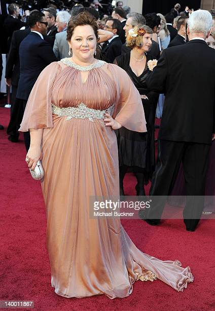 Actress Melissa McCarthy arrives at the 84th Annual Academy Awards held at the Hollywood & Highland Center on February 26, 2012 in Hollywood,...