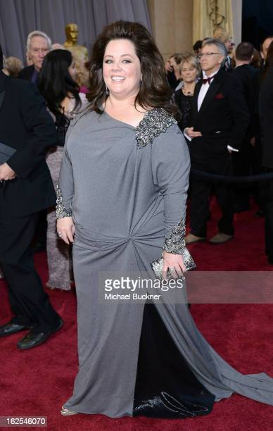 Actress Melissa McCarthy arrives at the Oscars at Hollywood Highland Center on February 24 2013 in Hollywood California