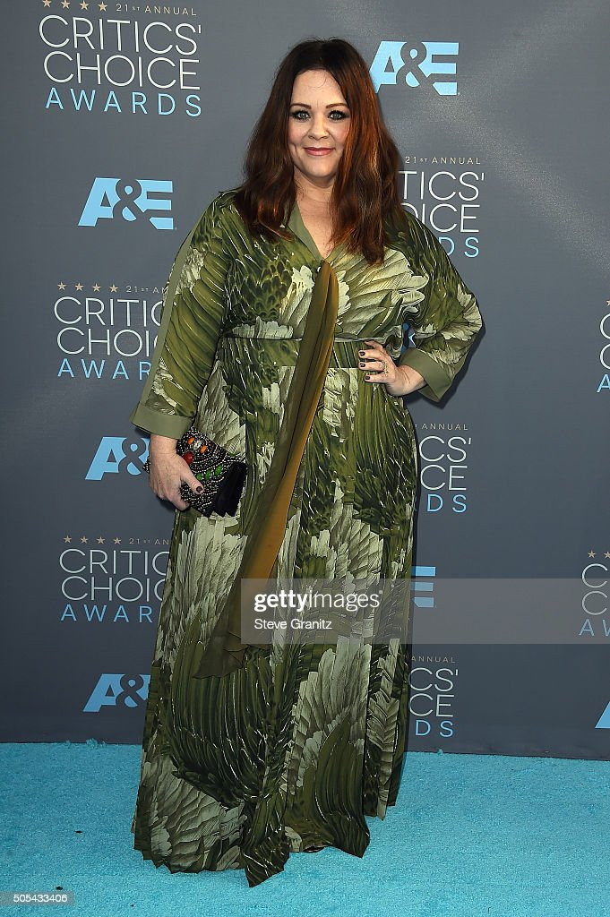 Actress Melissa McCarthy attends the 21st Annual Critics' Choice Awards at Barker Hangar on January 17, 2016 in Santa Monica, California.