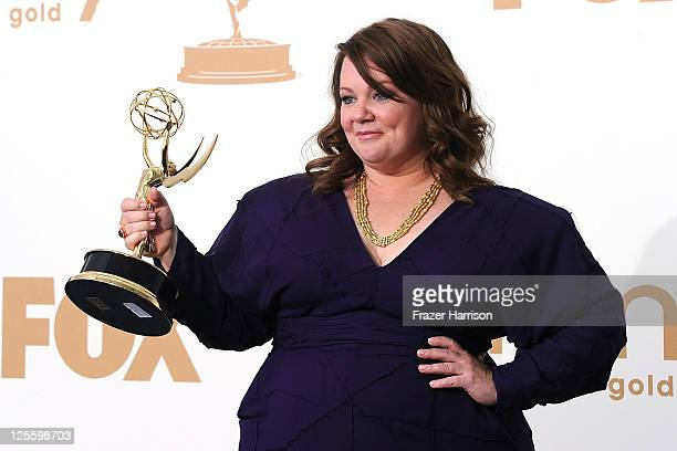 Actress Melissa McCarthy of Mike Molly poses in the press room after winning outstanding lead actress in a comedy series 2011 during the 63rd Annual...