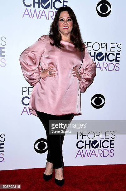 Actress Melissa McCarthy poses in the press room during the People's Choice Awards 2016 at Microsoft Theater on January 6 2016 in Los Angeles...