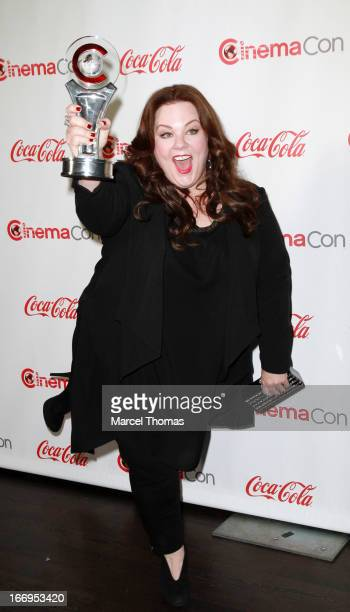 Actress Melissa McCarthy, recipient of the Female Star of the Year Award , arrives at the CinemaCon Big Screen Achievement Awards at the Pure...