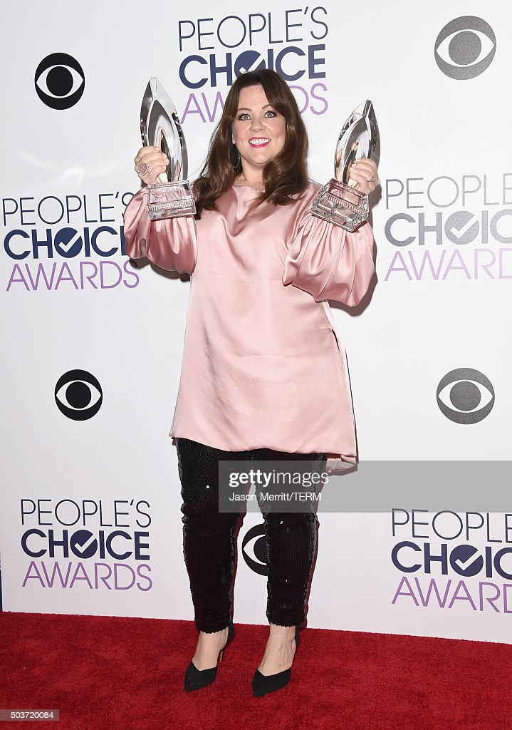 Actress Melissa McCarthy, winner of Favorite Comedic Movie Actress and Favorite Comedic TV Actress, poses in the press room during the People's Choice Awards 2016 at Microsoft Theater on January 6, 2016 in Los Angeles, California.