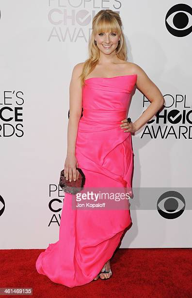 Actress Melissa Rauch arrives at The 40th Annual People's Choice Awards at Nokia Theatre LA Live on January 8 2014 in Los Angeles California
