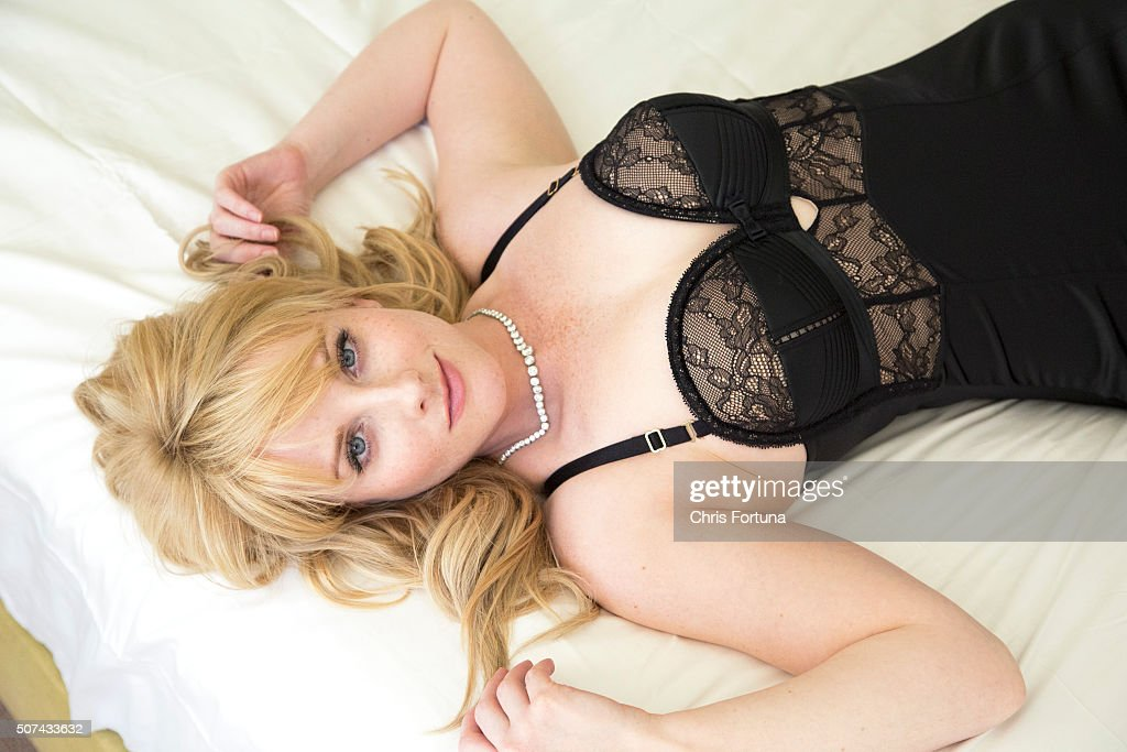 Melissa Rauch, FHM UK, December 1, 2014