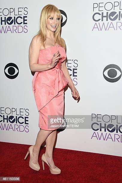 Actress Melissa Rauch poses in the press room at The 41st Annual People's Choice Awards at Nokia Theatre LA Live on January 7 2015 in Los Angeles...