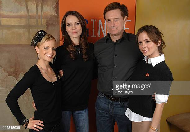 Actress Mena Suvari actress Saffron Burrows actor Bill Pullman and actress Eliza Dushku attend the SAG Indie Brunch at the Cafe Terigo during the...