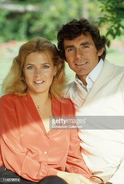 Actress Meredith Baxter and actor David Birney pose for a portrait in circa 1985 in Los Angeles California