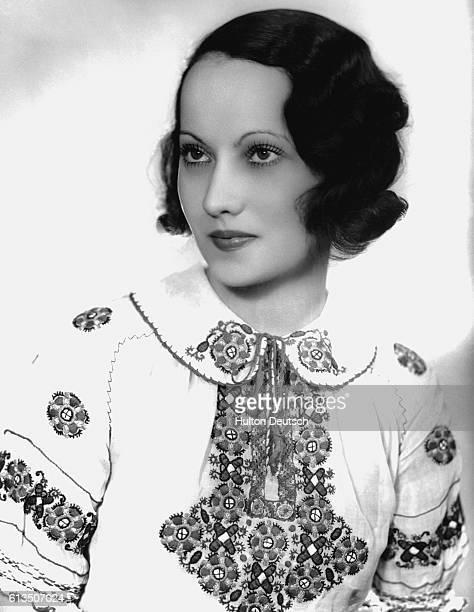 Actress Merle Oberon 1933