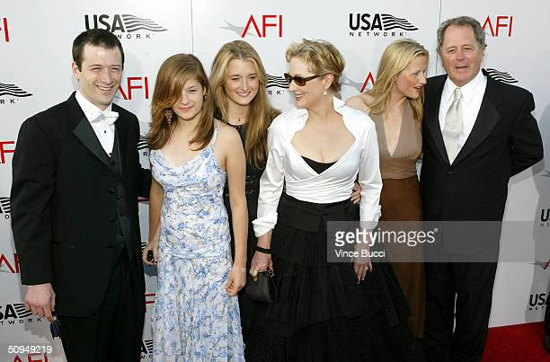Actress Meryl Streep and family attend the 32nd Annual AFI Life Achievement Award A Tribute to Meryl Streep on June 10 2004 at the Kodak Theatre in...