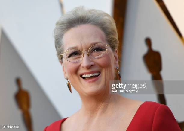 TOPSHOT Actress Meryl Streep arrives for the 90th Annual Academy Awards on March 4 in Hollywood California / AFP PHOTO / VALERIE MACON