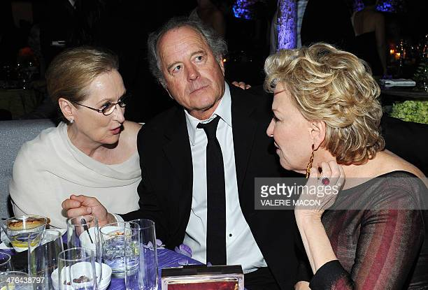 Actress Meryl Streep Streep's husband sculptor Don Gummer and actress/singer Bette Midler attend the Governor's Ball following the 86th Academy...