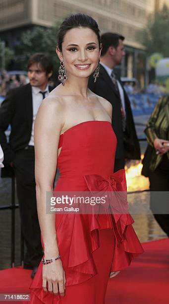 """Actress Mia Maestro arrives for the German premiere of """"Poseidon"""" July 11, 2006 at the Berlinale Palast in Berlin, Germany."""