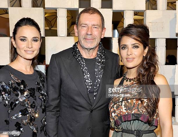 Actress Mia Maestro wearing Bottega Veneta Botega Veneta Creative Director Tomas Maier and actress Salma Hayek wearing Bottega Veneta attend the...