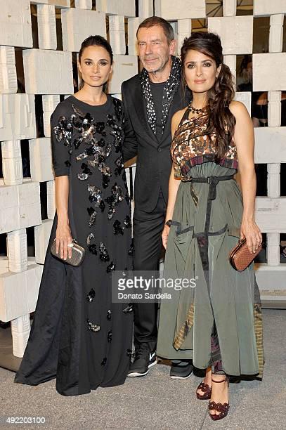 Actress Mia Maestro, wearing Bottega Veneta, Botega Veneta Creative Director Tomas Maier and actress Salma Hayek, wearing Bottega Veneta, attend the...