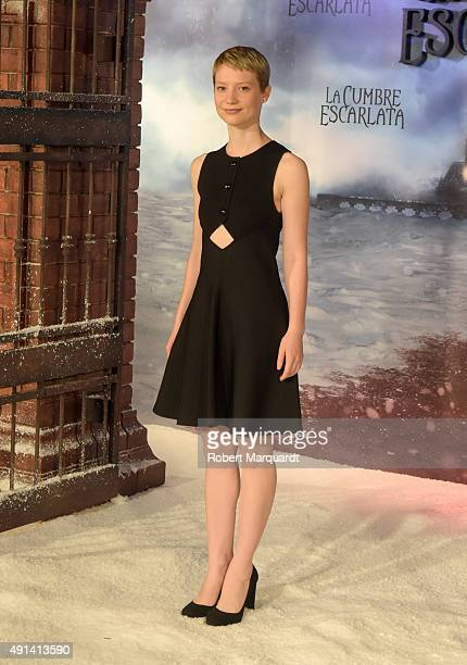 Actress Mia Wasikowska poses during a photocall for her latest film 'La Cumbre Escarlata' on October 5 2015 in Barcelona Spain