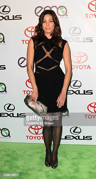 Actress Michaela Conlin attends the 20th annual Enviornmental Media Association Awards at Warner Brothers Studios on October 16 2010 in Burbank...