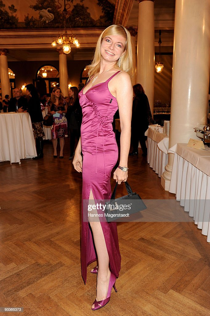 Actress Michaela Merten attends the Corine Award 2009 at the Prinzregententheater on November 24, 2009 in Munich, Germany. The Corine Awards are considered as one of the most prestigious German prizes for literature.