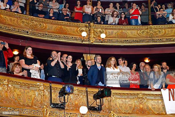 Actress Michele Bernier her daughter Charlotte Gaccio actor JeanHugues Anglade his wife Charlotte singer Gregoire Boissenot alias Gregoire his wife...