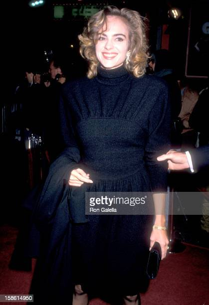 Actress Michelle Johnson attends the 'Scrooged' Hollywood Premiere on November 17 1988 at Mann's Chinese Theatre in Hollywood California