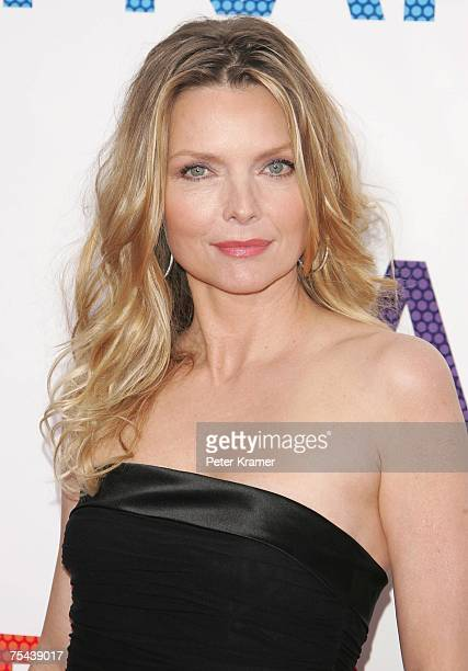"""Actress Michelle Pfeiffer attends the """"Hairspray"""" premiere presented by New Line Cinema at the Ziegfeld Theatre on July 16, 2007 in New York City."""