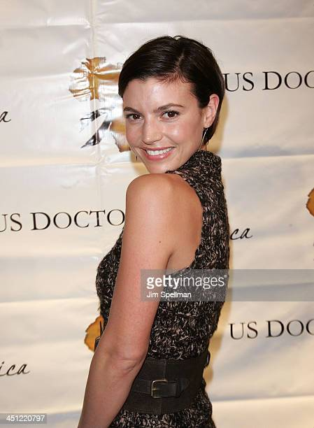 Actress Michelle Ray Smith arrives at 1st Annual US Doctors for Africa New York Gala at Cipriani Wall Street on October 17 2007 in New York City