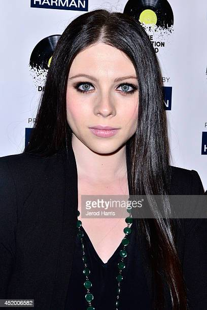 Actress Michelle Trachtenberg attends the Los Angeles Premiere of 'The Distortion of Sound' at The GRAMMY Museum on July 10, 2014 in Los Angeles,...