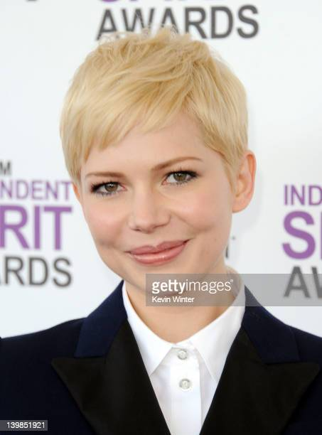 Actress Michelle Williams arrives at the 2012 Film Independent Spirit Awards on February 25 2012 in Santa Monica California