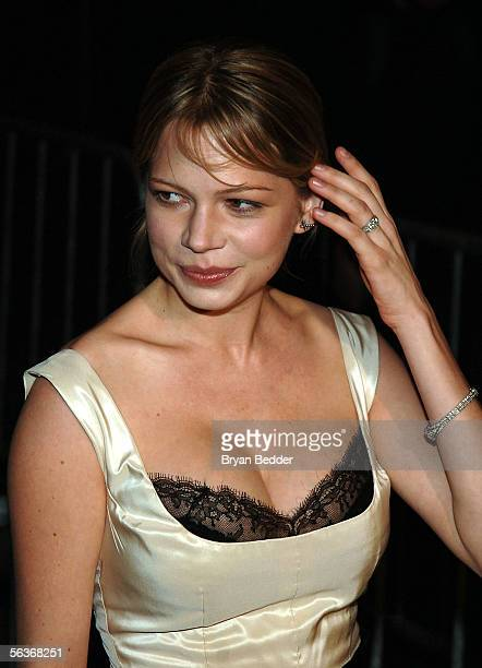 Actress Michelle Williams attends the Focus Features Premiere of Brokeback Mountain at the Loews Theater on December 6 2005 in New York City