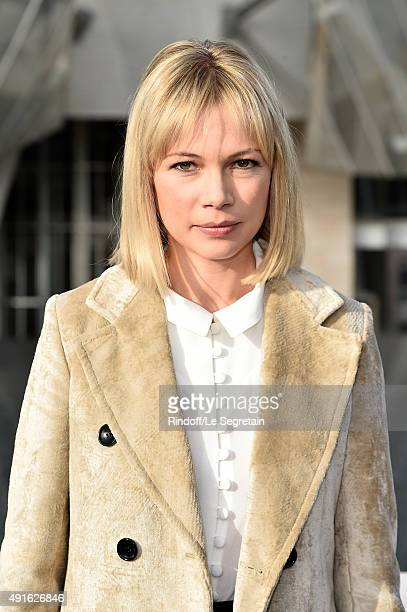 Actress Michelle Williams attends the Louis Vuitton show as part of the Paris Fashion Week Womenswear Spring/Summer 2016 on October 7 2015 in Paris...