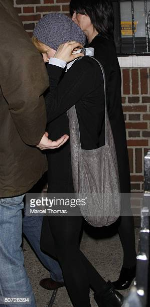 Actress Michelle Williams visits the 'Ye Waverly Inn' resturant on April 16 2008 in New York City New York