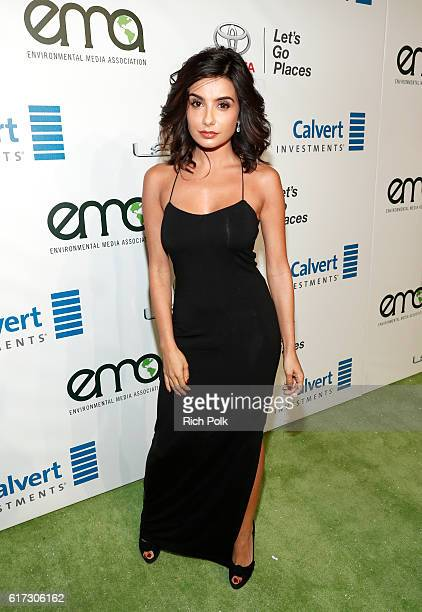 Actress Mikaela Hoover attends the Environmental Media Association 26th Annual EMA Awards Presented By Toyota, Lexus And Calvert at Warner Bros....