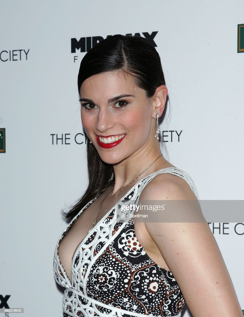 "The Cinema Society & Noilly Prat Screening Of ""Cheri"" - Outside Arrivals : News Photo"