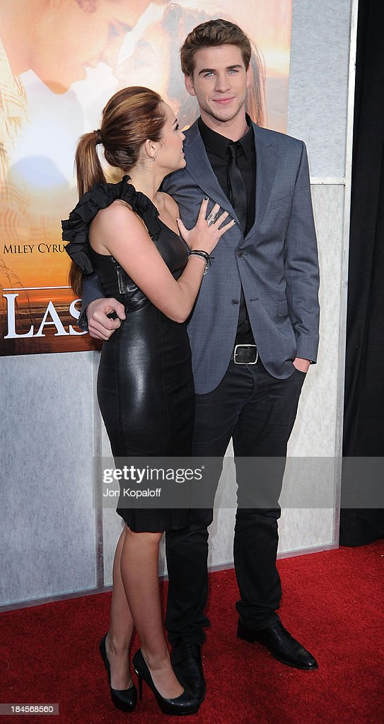 The Last Song - Los Angeles Premiere : News Photo