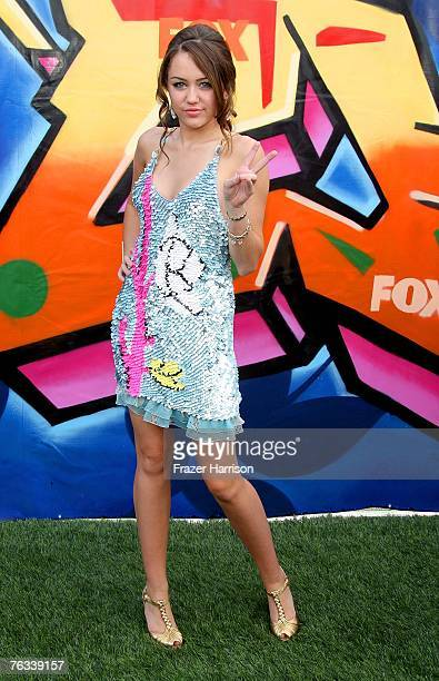 Actress Miley Cyrus arrives at the 2007 Teen Choice Awards held at The Gibson Amphitheatre on August 26 2007 in Universal City California
