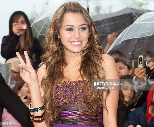 Actress Miley Cyrus attends 'Hannah MontanaThe Movie' premiere on April 20 2009 in Rome Italy