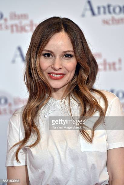 Actress Mina Tander attends the premiere of the film 'Antonio ihm schmeckt's nicht' at Mathaeser Filmpalast on August 10 2016 in Munich Germany