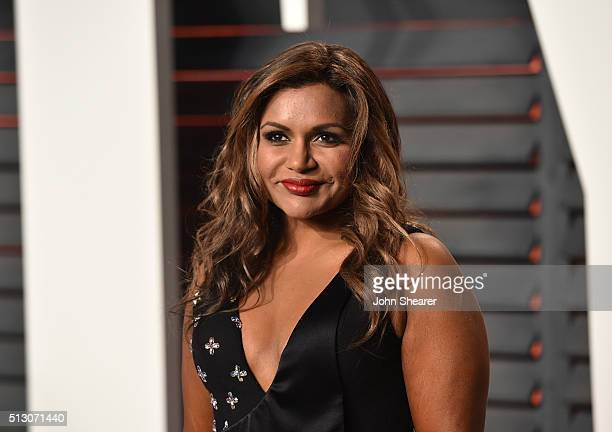 Actress Mindy Kaling arrives at the 2016 Vanity Fair Oscar Party Hosted By Graydon Carter at Wallis Annenberg Center for the Performing Arts on...