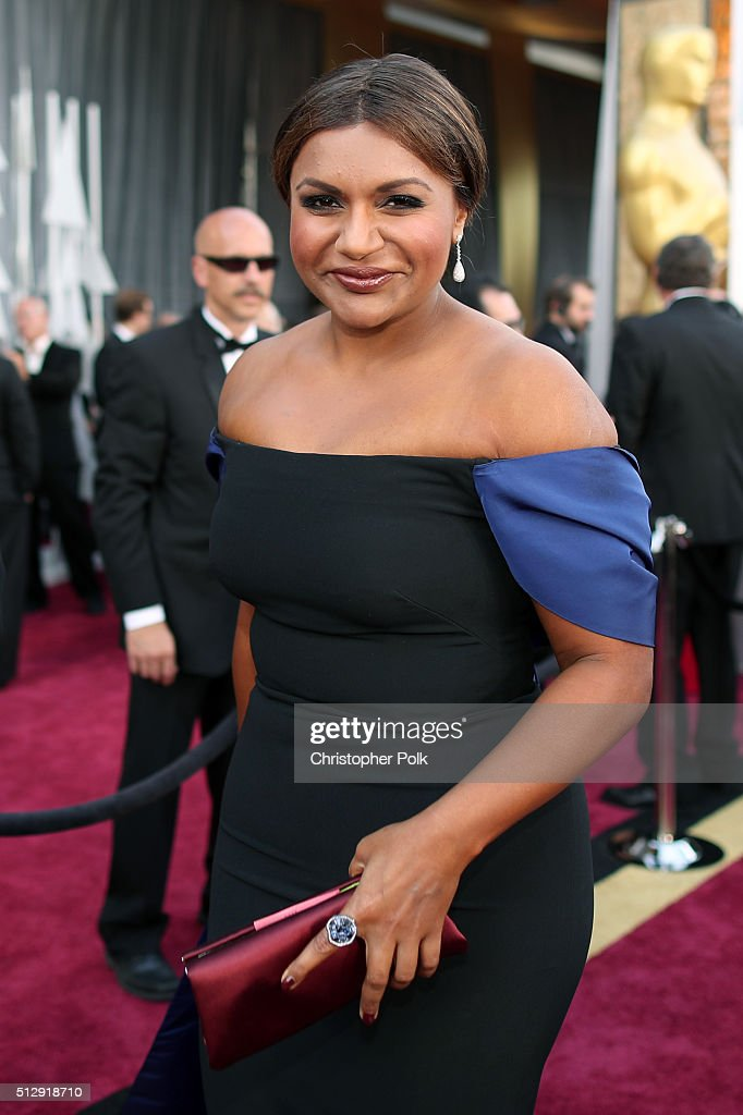 Actress Mindy Kaling attends the 88th Annual Academy Awards at Hollywood & Highland Center on February 28, 2016 in Hollywood, California.
