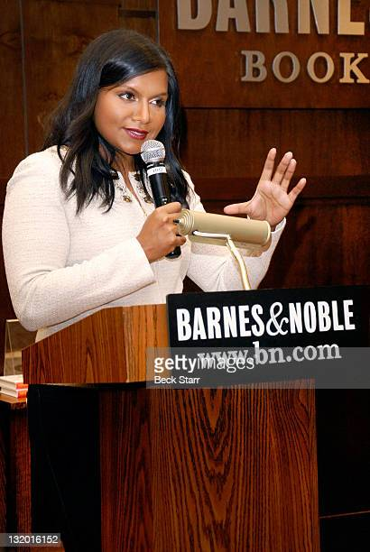 17 Mindy Kaling Signs Copies Of Her New Book Is Everyone Hanging Out Without Me Photos And Premium High Res Pictures Getty Images