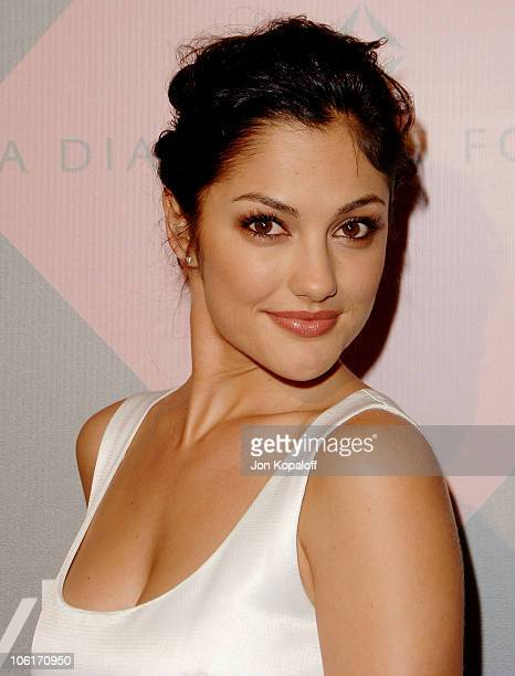 Actress Minka Kelly arrives at The 7th Annual Awards Season Diamond Fashion Show at the Beverly Hills Hotel on January 10 2008 in Beverly Hills...
