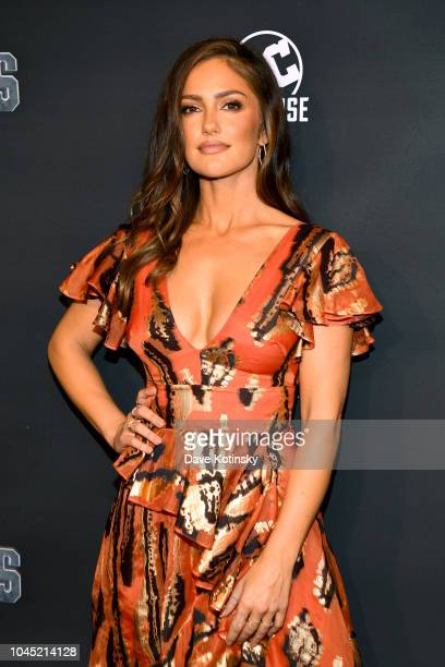 Actress Minka Kelly attends DC UNIVERSE's Titans World Premiere on October 3, 2018 in New York City.