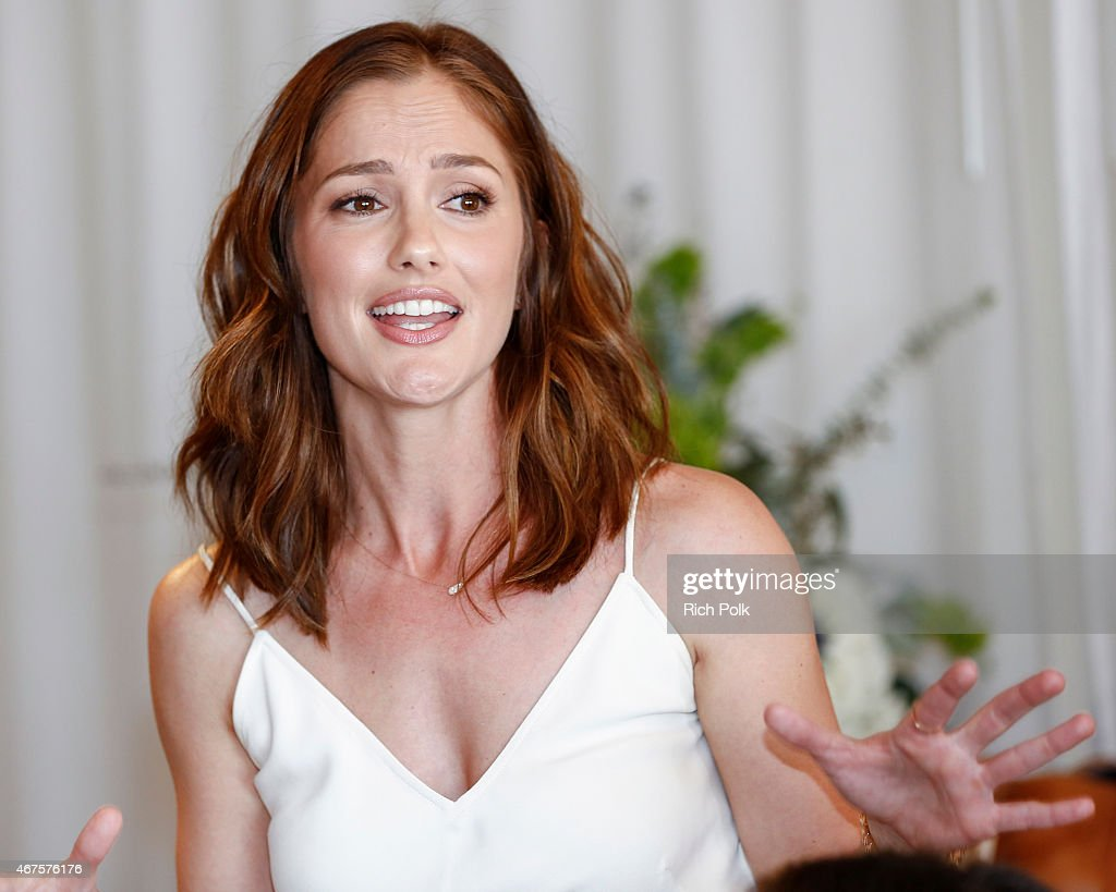 Minka Kelly Launches A Bag Line With fashionABLE To Create Jobs For Women In Africa : News Photo