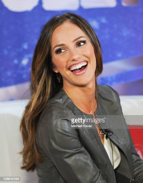 Actress Minka Kelly visits YoungHollywood.com at Young Hollywood Studio on January 29, 2011 in Los Angeles, California.